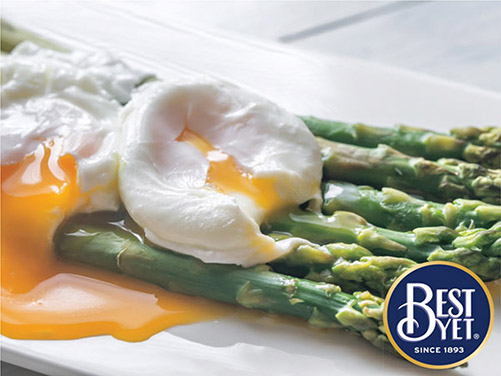 Grilled Asparagus with Poached Egg & Lemon-Cream Sauce