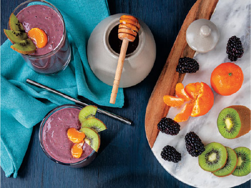 Winter Kiwi, Clementine & Blackberry Smoothie